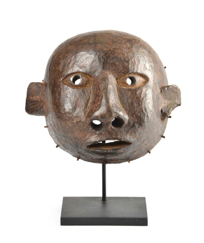 Mask, Makua, Tanzania (Mozambique) – Hard wood, dark brown patina – H 19 cm
