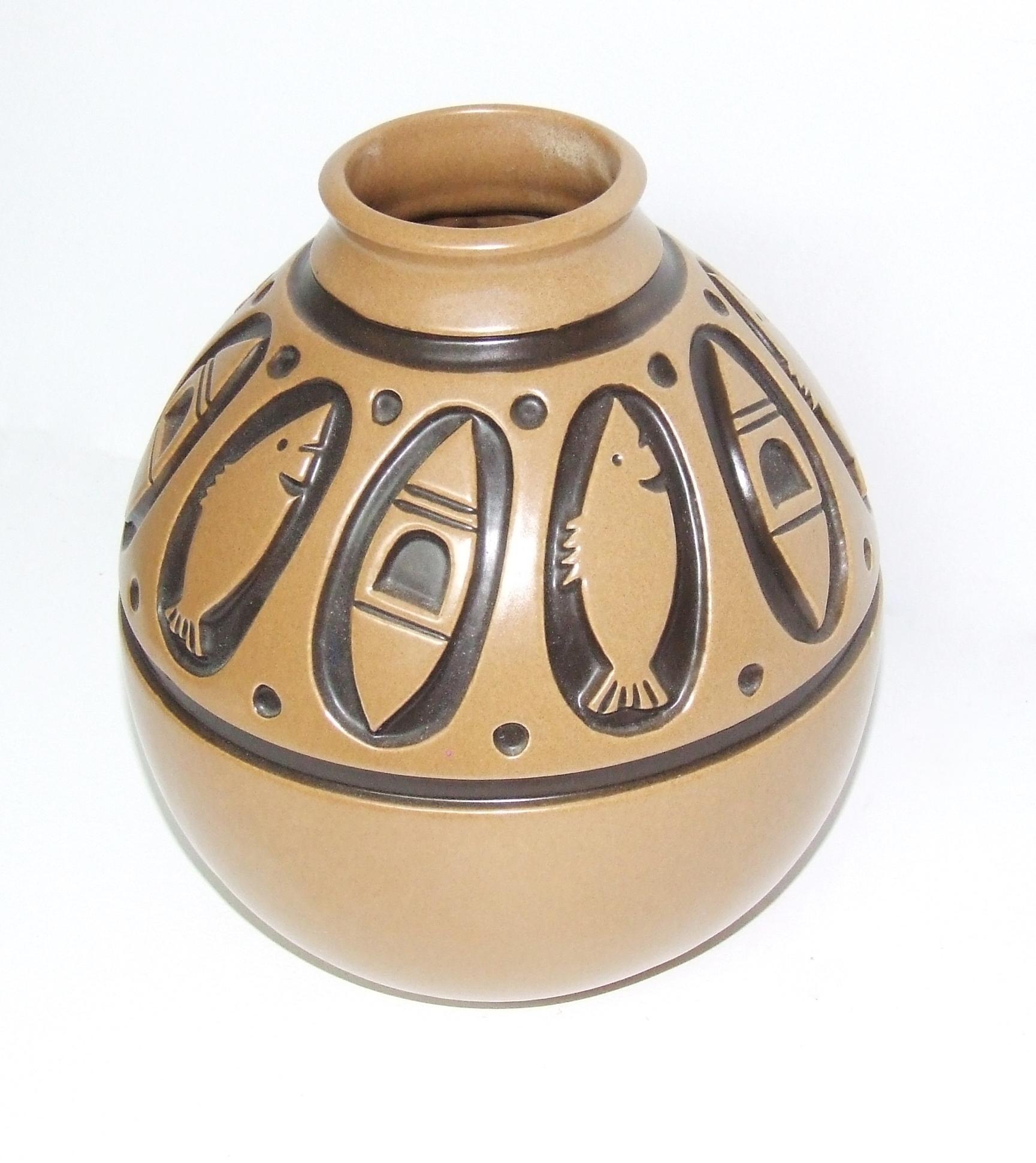 Vase from the Skimo series circa 1972.